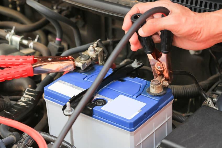 Car Won't Start Dead Battery with Jumper Cables | Marietta Wrecker Service