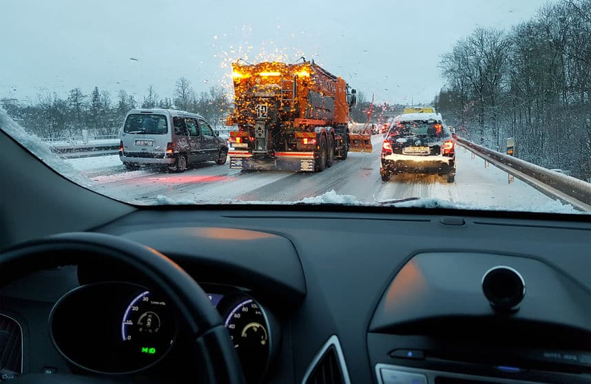 Safety Tips For Driving On Icy Roads   Marietta Wrecker Service